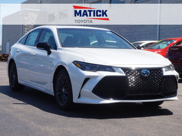 new 2019 toyota avalon hybrid xse 4d sedan near mt clemens mi rh maticktoyota com Toyota Avalon Interior Toyota Avalon Interior