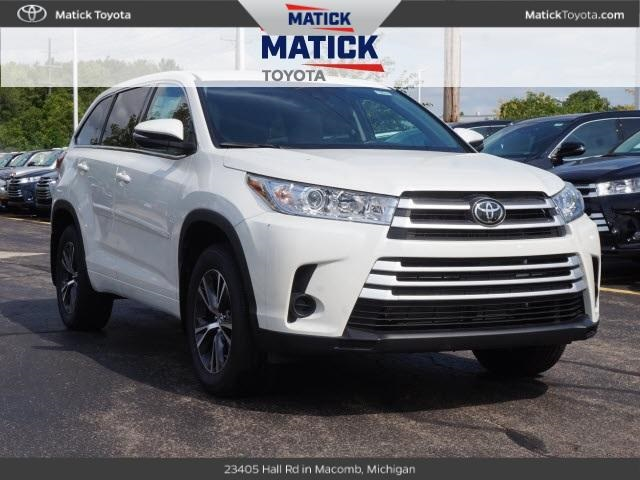 New 2018 Toyota Highlander LE