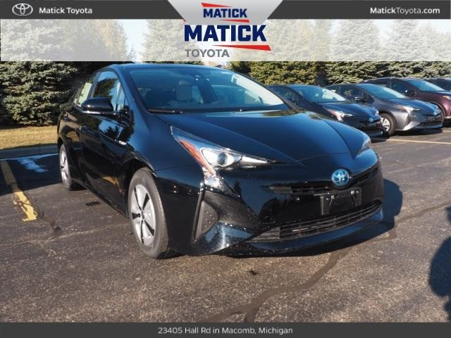 New 2017 Toyota Prius Three