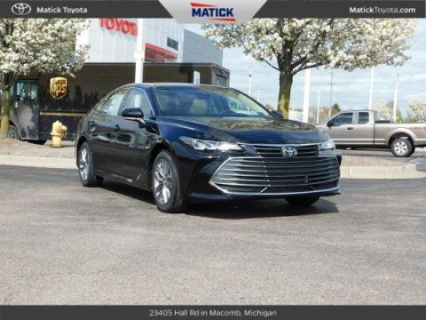 New 2019 Toyota Avalon XLE RWD 4D Sedan