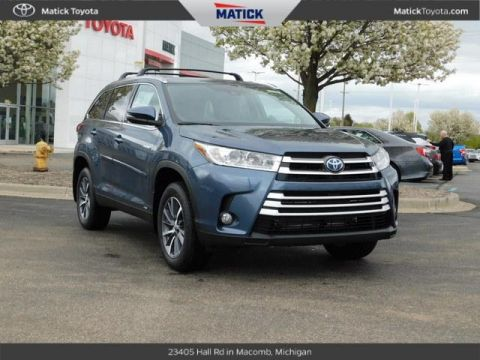 New 2019 Toyota Highlander Hybrid XLE 4D Sport Utility With Navigation & AWD