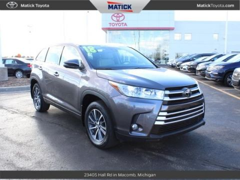 Pre-Owned 2018 Toyota Highlander XLE AWD 4D Sport Utility