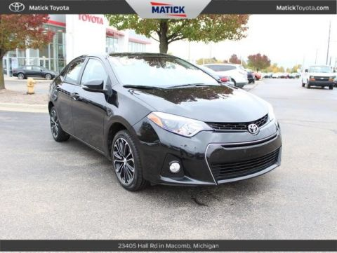Pre-Owned 2016 Toyota Corolla S FWD 4D Sedan